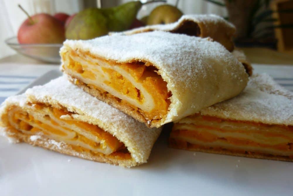 Placinta cu dovleac propusa de Restaurantul Vatra Bucuresti