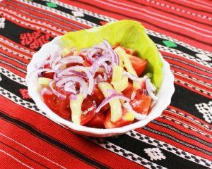 Salata asortata la Restaurant Vatra
