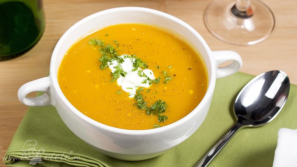 Supa crema de dovleac propusa de Restaurantul Vatra Bucuresti